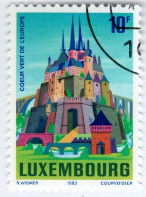 "марка Люксембург 10 франков ""Luxembourg, green heart of Europe"" 1983 год Гашение"